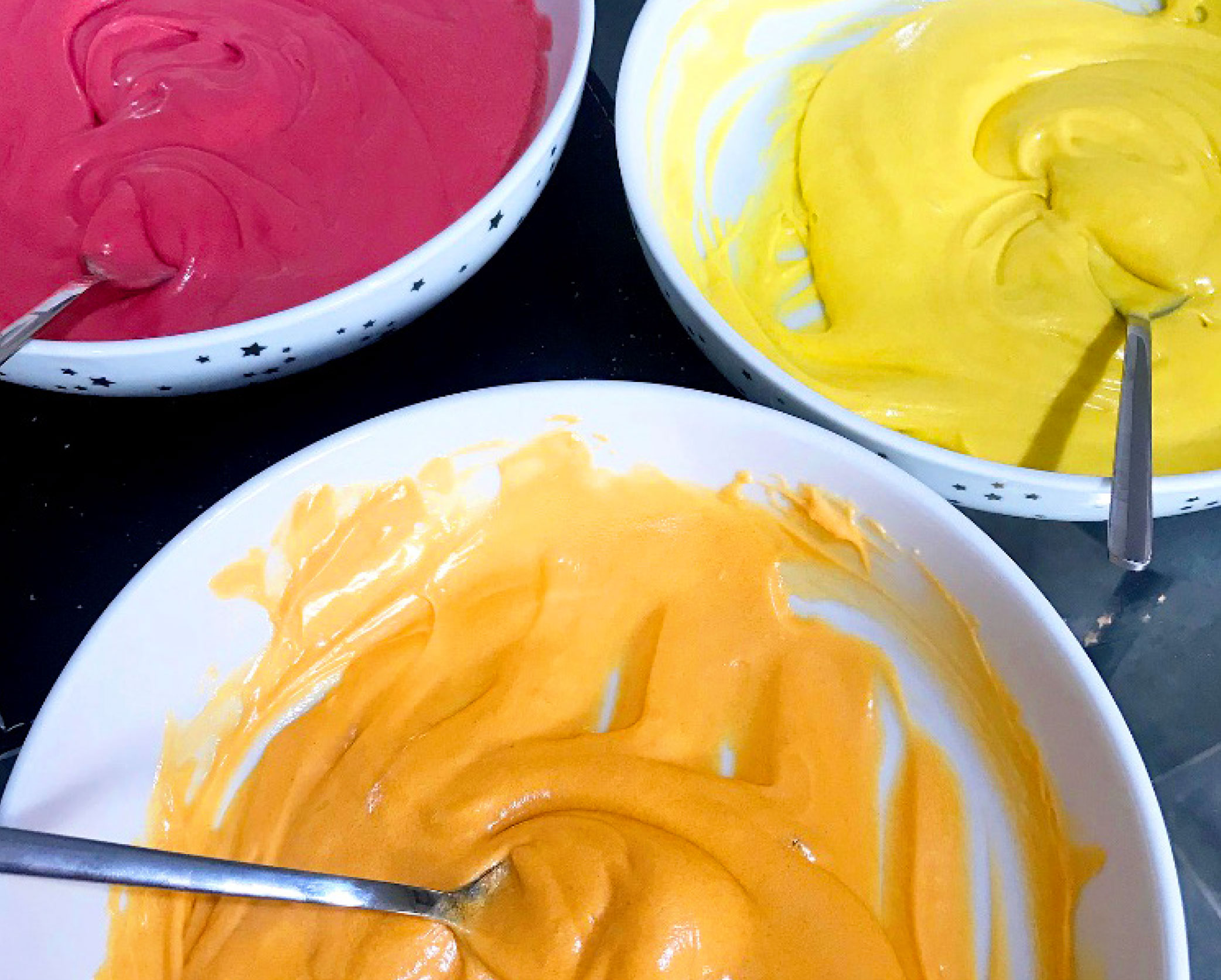 Coloured cake batters